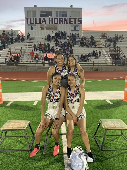 Jv girls mile relay